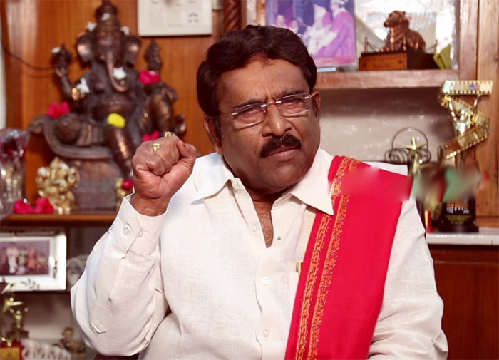 paruchuri gopala krishna,pawan kalyan,janasena party,defeat  ప్రశ్నించే పవన్ ఓడిపోవడమేంటి..ఎంత బాధపడ్డారో!?