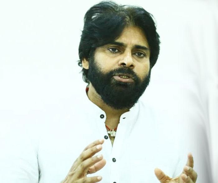 pawan kalyan,fans,disappointed,pawan commitment,movies  పవన్ మాటిచ్చాడంటే అంతే మరి?