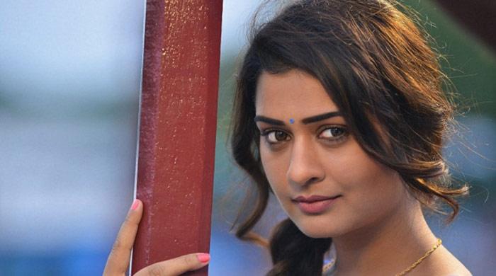 payal rajput,director,metoo,rx 100 heroine,sensational comments  పాయల్ రాజ్పుత్ని డైరెక్ట్గా అడిగాడట!