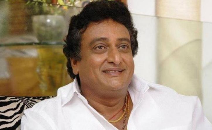 comedian prudhvi raj,ali,pawan kalyan  ఆ విషయాన్ని మళ్లీ కెలుకుతున్నాడు.....!