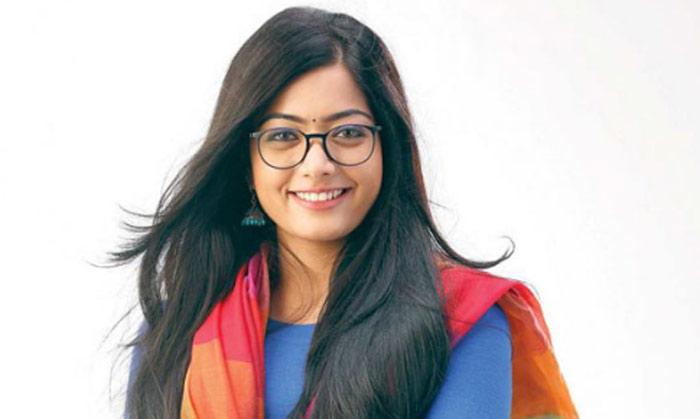 rashmika mandanna,cricket coach,hyderabad,vijay deverakonda  తెలంగాణ రాష్ట్ర క్రికెట్ జట్టులో హీరోయిన్!