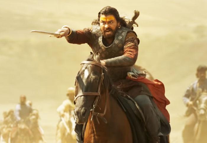 sye raa,saaho,saaho result,tension,bollywood,mega star,chiranjeevi,prabhas,ram charan  'సాహో' ఎఫెక్ట్: 'సైరా' యూనిట్లో టెన్షన్!