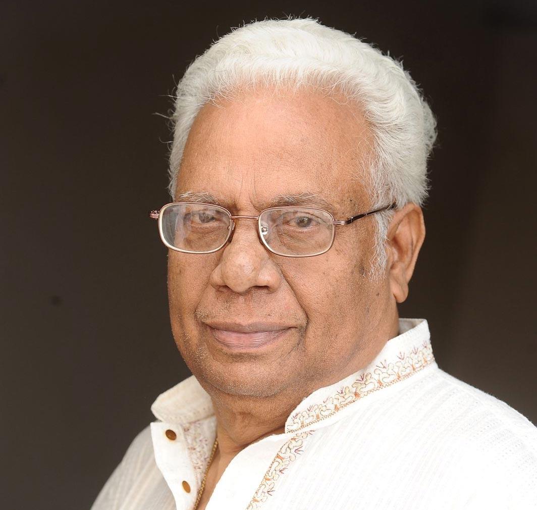 senior publicity designer ishwar,senior publicity designer ishwar passed away  సీనియర్ పబ్లిసిటీ డిజైనర్ ఈశ్వర్ ఇకలేరు