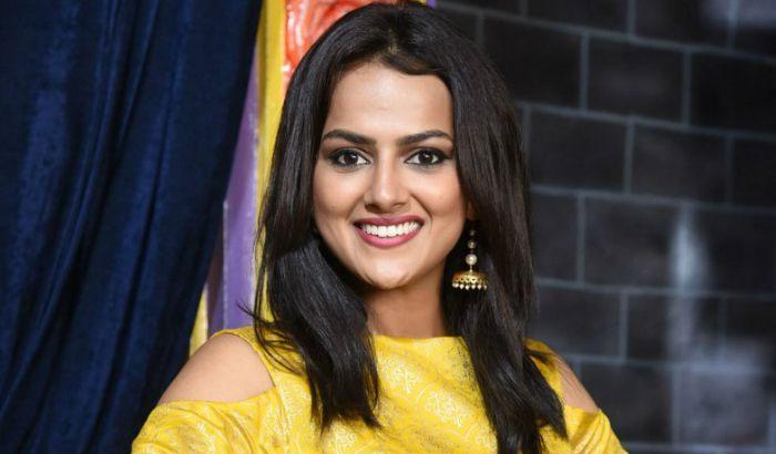 shraddha srinath,jersey movie,highlights,nani  'జెర్సీ' హిట్టుకి ఆమె లుక్స్ కూడా కారణమే?