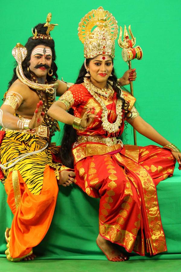 sivalingapuram movie,sivalingapuram movie on 21st,sivalinga puram cinema,sivalingapuram,director thota krishna,sivalinga puram release 21st feb  శివలింగాపురం లో శివలింగం అపహరణ!