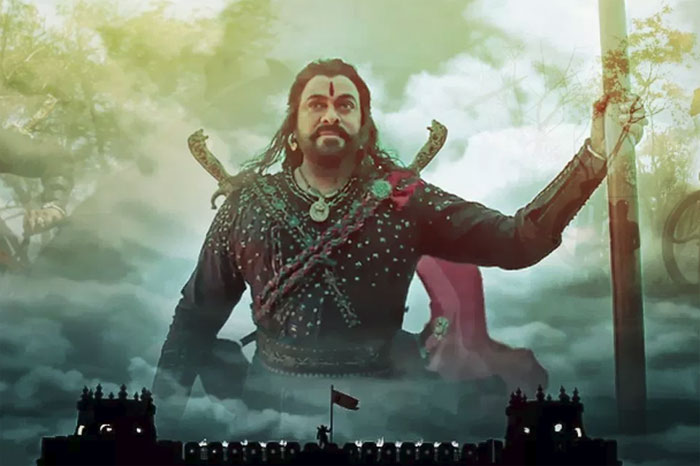 chiranjeevi,sye raa narasimha reddy,under water,stunts,mega star,surender reddy  మెగాపవర్: సైరా కోసం చిరు సాహసం!