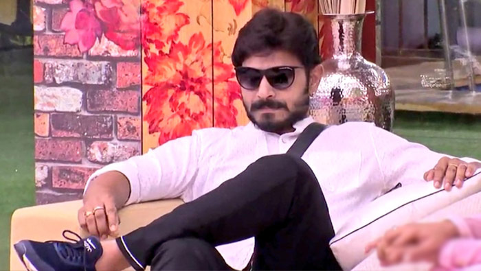 bigg boss,kaushal,ridiculous claims,telugu bigg boss season 2,bigg boss winner,pmo  కౌశల్ మళ్లీ మాయ చేస్తున్నాడు..!