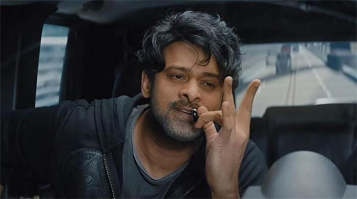 allu arjun,movie,dialogue,repeated,saaho  'సాహో'లోని డైలాగ్ కాపీ అంటూ ట్రోలింగ్!
