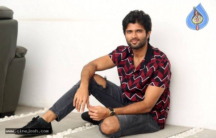 vijay deverakonda,stardom,geetha govindham,interview  జీర్ణించుకోలేకపోతున్నాను: విజయ్ దేవరకొండ