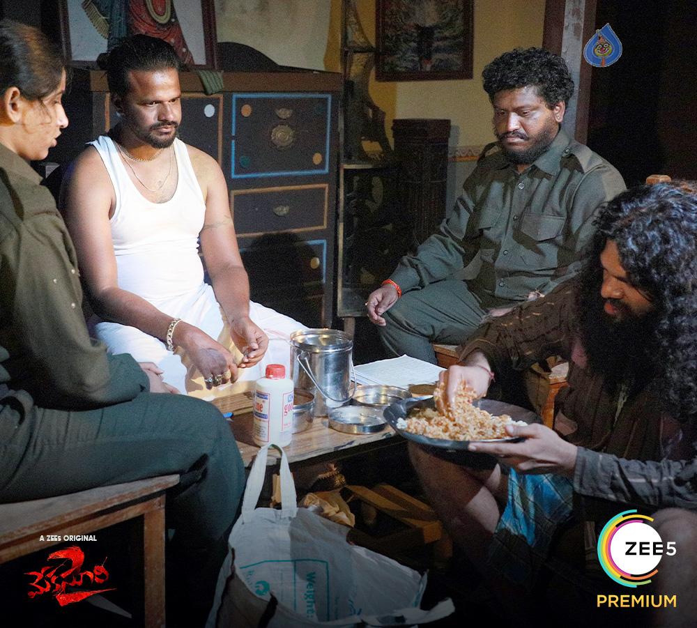 meka suri 2 from november 27,zee5,  27న 'జీ 5'లోకి 'మేక సూరి' మళ్ళీ వస్తున్నాడు!
